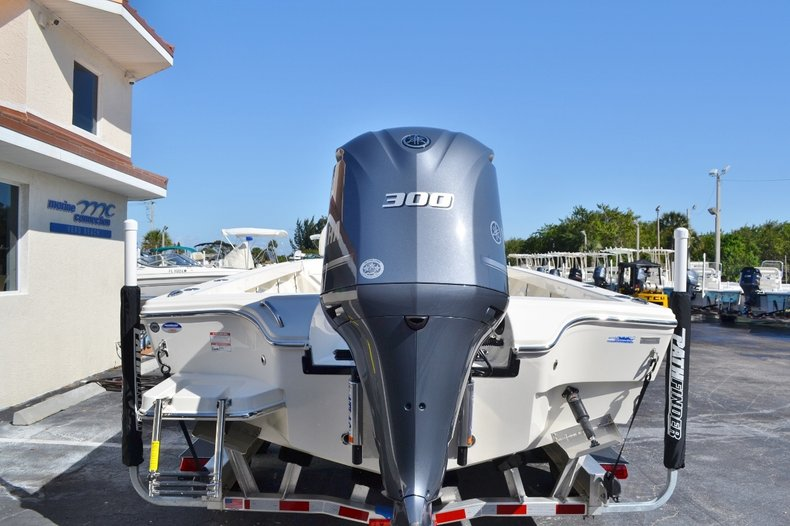 Thumbnail 5 for New 2016 Pathfinder 2600 HPS Bay Boat boat for sale in Vero Beach, FL