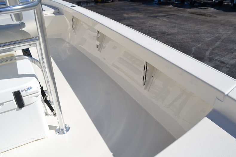 Thumbnail 24 for New 2016 Pathfinder 2600 HPS Bay Boat boat for sale in Vero Beach, FL