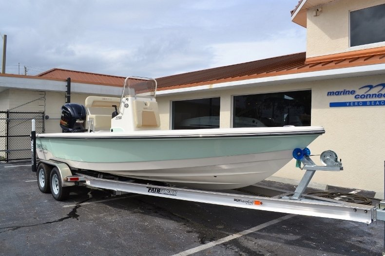 Thumbnail 1 for New 2016 Pathfinder 2200 Tournament Edition boat for sale in Vero Beach, FL