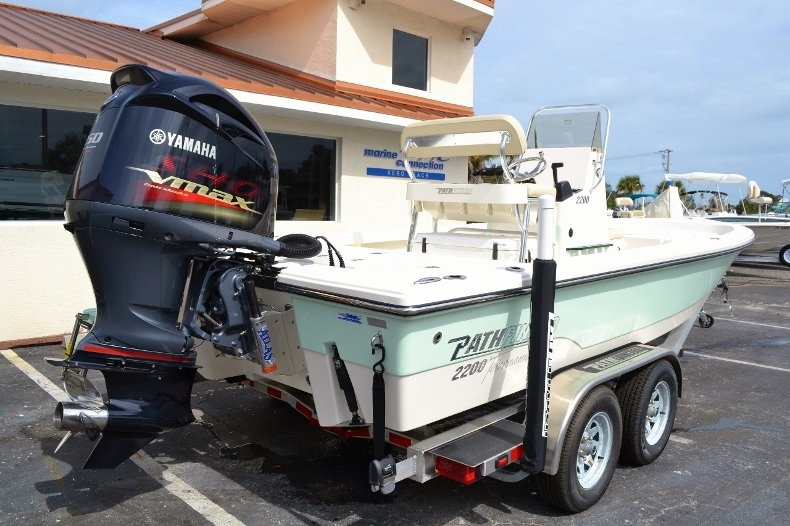 Thumbnail 6 for New 2016 Pathfinder 2200 Tournament Edition boat for sale in Vero Beach, FL