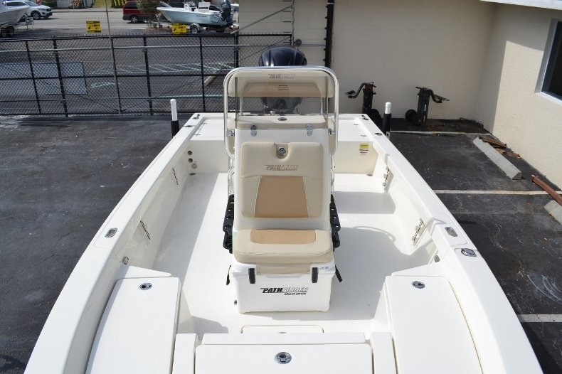 Thumbnail 13 for New 2016 Pathfinder 2200 Tournament Edition boat for sale in Vero Beach, FL