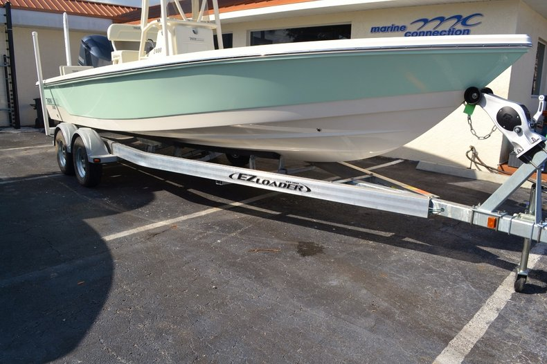 Thumbnail 26 for New 2016 Pathfinder 2400 TRS Bay Boat boat for sale in Vero Beach, FL