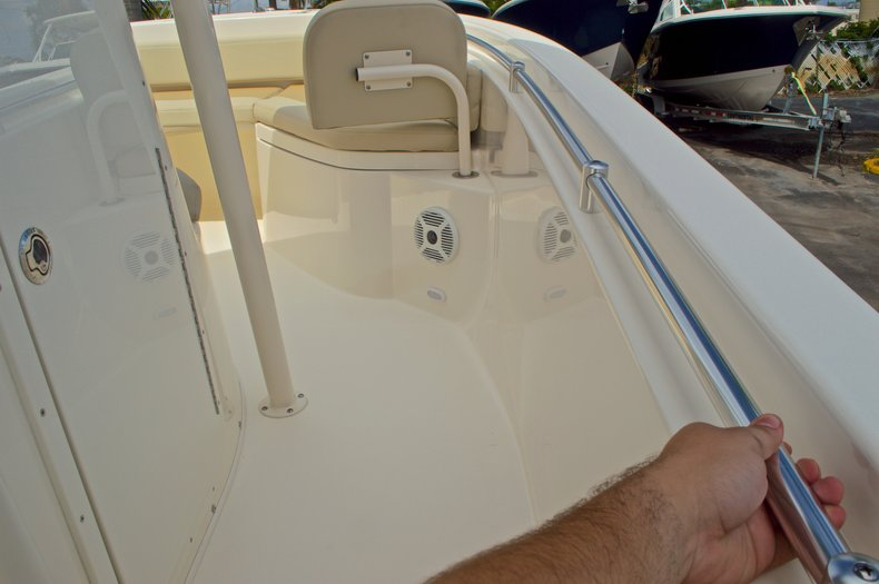 Thumbnail 40 for New 2016 Cobia 220 Center Console boat for sale in Vero Beach, FL
