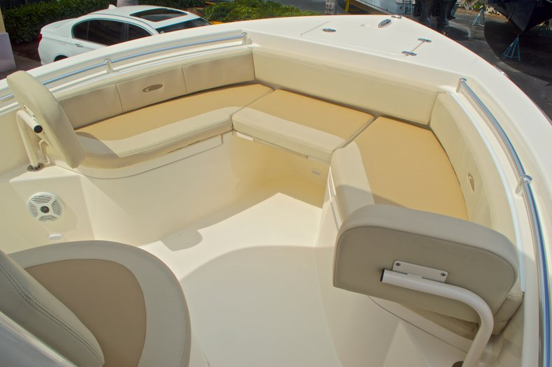 Thumbnail 43 for New 2016 Cobia 220 Center Console boat for sale in Vero Beach, FL