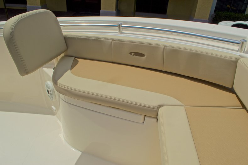 Thumbnail 46 for New 2016 Cobia 220 Center Console boat for sale in Vero Beach, FL
