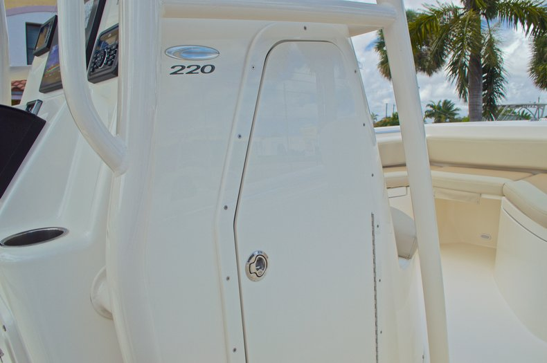 Thumbnail 41 for New 2016 Cobia 220 Center Console boat for sale in Vero Beach, FL