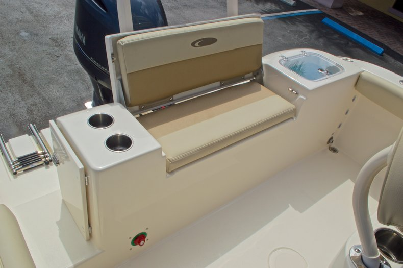 Thumbnail 15 for New 2016 Cobia 220 Center Console boat for sale in Vero Beach, FL