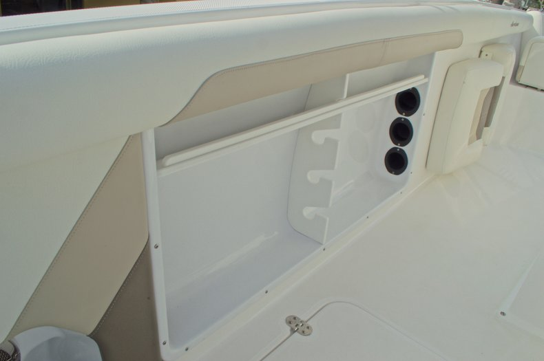 Thumbnail 23 for New 2016 Hurricane CC21 Center Console boat for sale in Vero Beach, FL