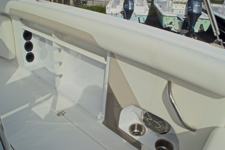 Thumbnail 26 for New 2016 Hurricane CC21 Center Console boat for sale in Vero Beach, FL