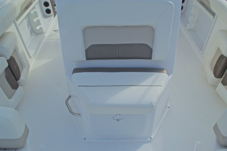 Thumbnail 43 for New 2016 Hurricane CC21 Center Console boat for sale in Vero Beach, FL