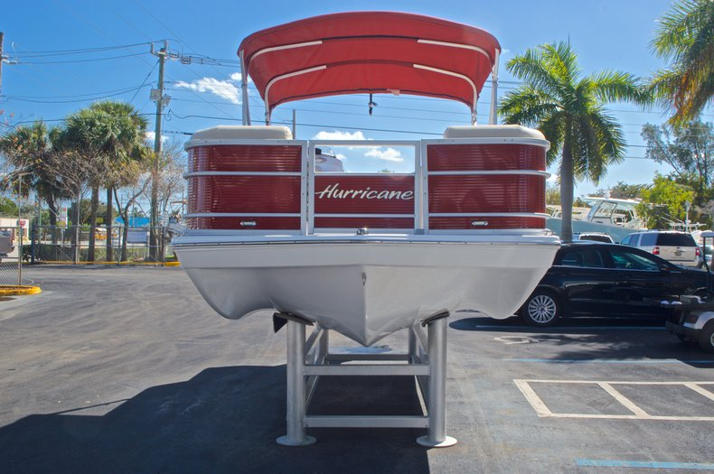 Thumbnail 2 for New 2016 Hurricane Fundeck FD 196 OB boat for sale in Vero Beach, FL