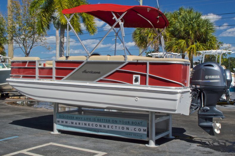 Thumbnail 6 for New 2016 Hurricane Fundeck FD 196 OB boat for sale in Vero Beach, FL