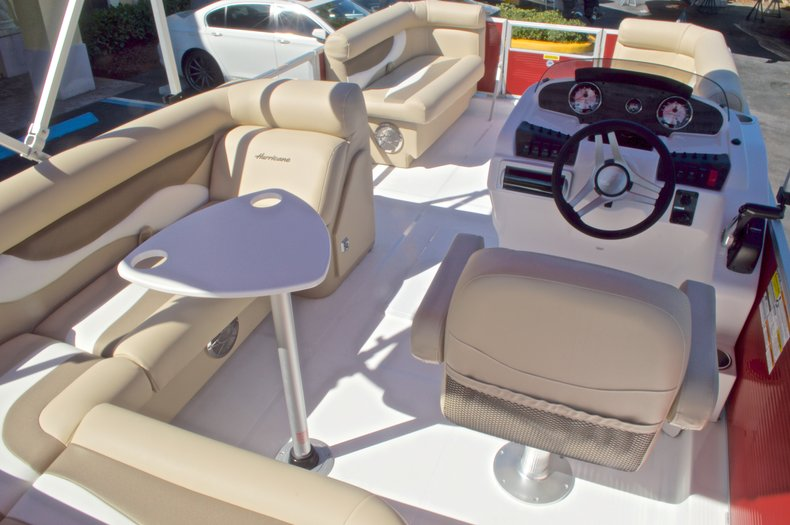 Thumbnail 18 for New 2016 Hurricane Fundeck FD 196 OB boat for sale in Vero Beach, FL