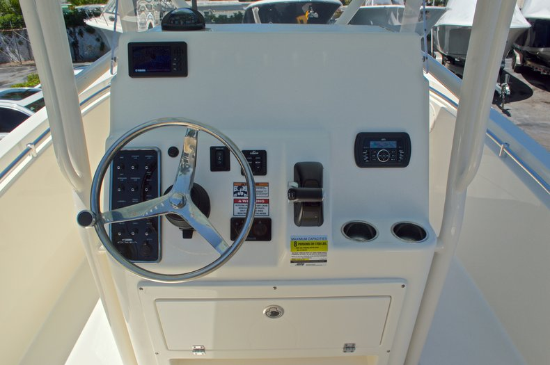 Thumbnail 30 for New 2016 Cobia 237 Center Console boat for sale in Vero Beach, FL