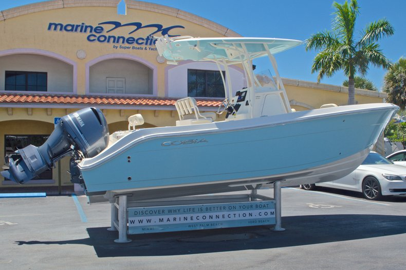Thumbnail 9 for New 2016 Cobia 237 Center Console boat for sale in Vero Beach, FL