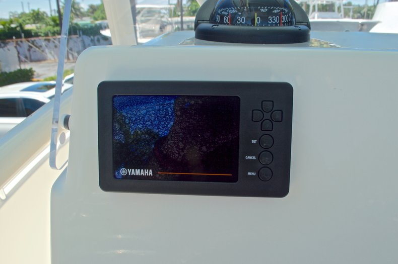 Thumbnail 32 for New 2016 Cobia 237 Center Console boat for sale in Vero Beach, FL
