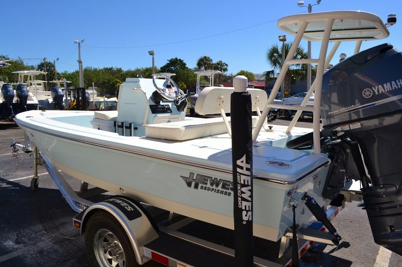 Thumbnail 4 for New 2016 Hewes 16 Redfisher boat for sale in Vero Beach, FL