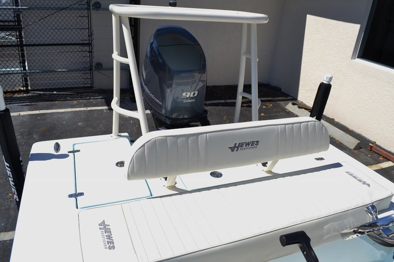 Thumbnail 17 for New 2016 Hewes 16 Redfisher boat for sale in Vero Beach, FL