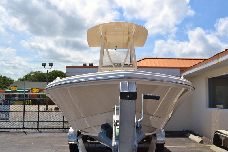 Thumbnail 2 for New 2016 Pathfinder 2600 TRS boat for sale in Vero Beach, FL