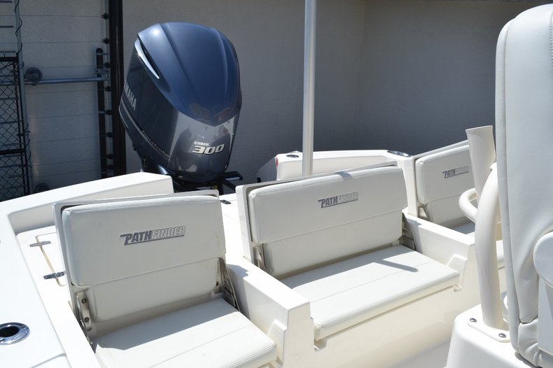 Thumbnail 16 for New 2016 Pathfinder 2600 TRS boat for sale in Vero Beach, FL