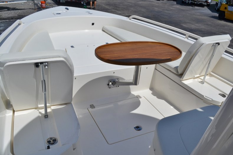 Thumbnail 19 for New 2016 Pathfinder 2600 TRS boat for sale in Vero Beach, FL