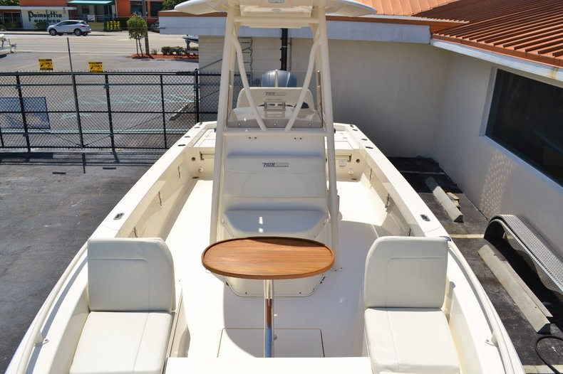 Thumbnail 21 for New 2016 Pathfinder 2600 TRS boat for sale in Vero Beach, FL