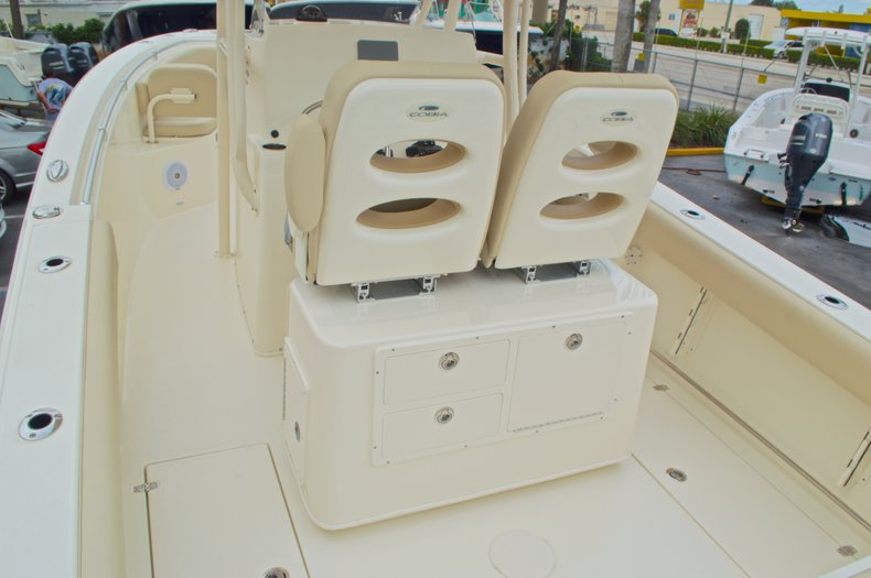 Thumbnail 10 for New 2016 Cobia 261 Center Console boat for sale in Vero Beach, FL