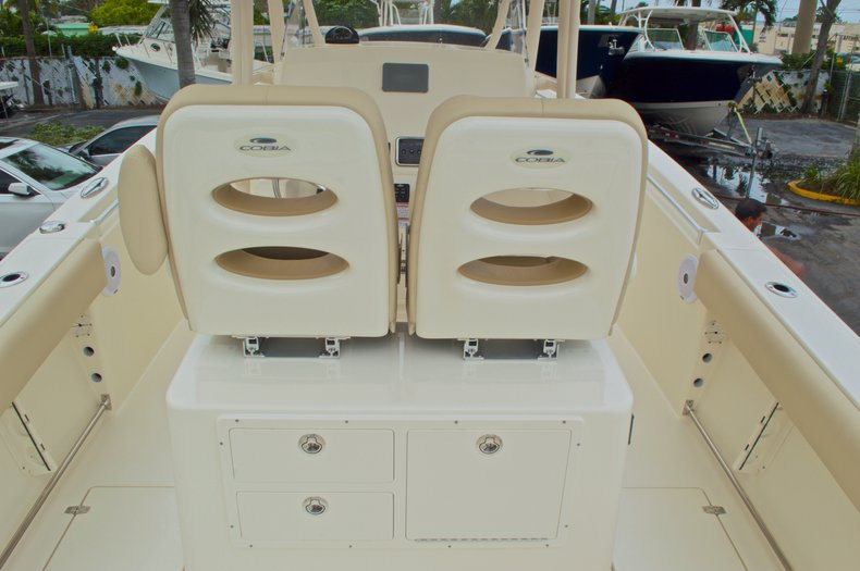 Thumbnail 11 for New 2016 Cobia 261 Center Console boat for sale in Vero Beach, FL