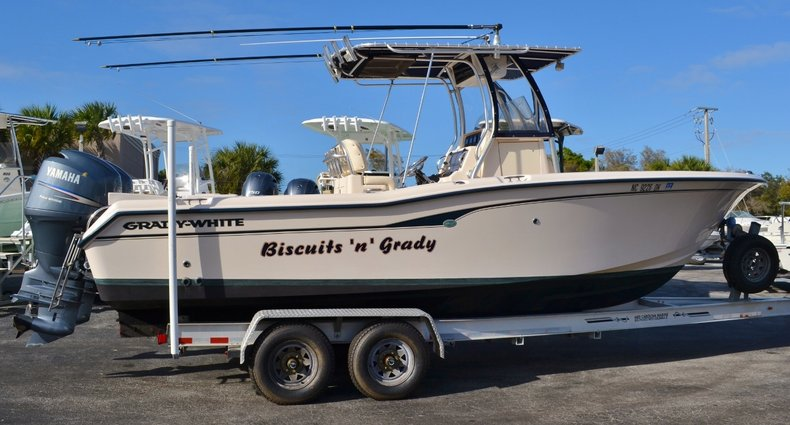 Used 2007 Grady-White 257 boat for sale in Vero Beach, FL