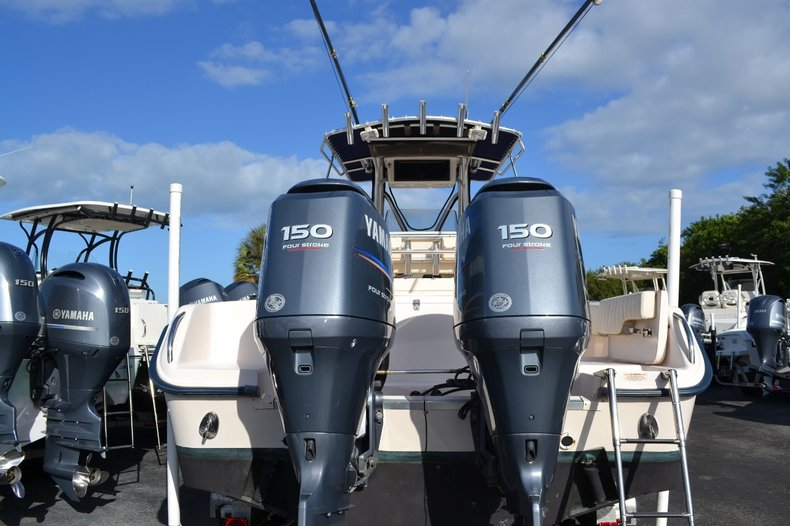Thumbnail 5 for Used 2007 Grady-White 257 boat for sale in Vero Beach, FL