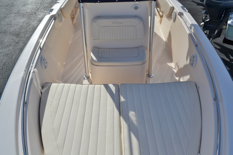 Thumbnail 14 for Used 2007 Grady-White 257 boat for sale in Vero Beach, FL