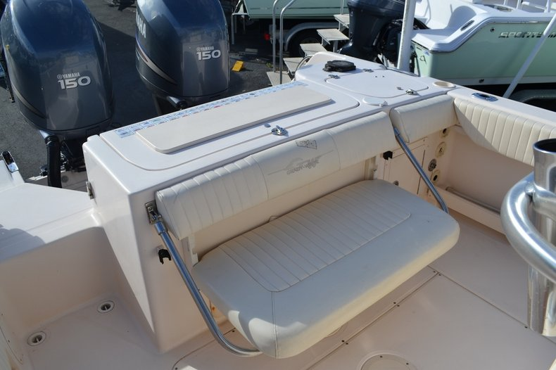 Thumbnail 19 for Used 2007 Grady-White 257 boat for sale in Vero Beach, FL