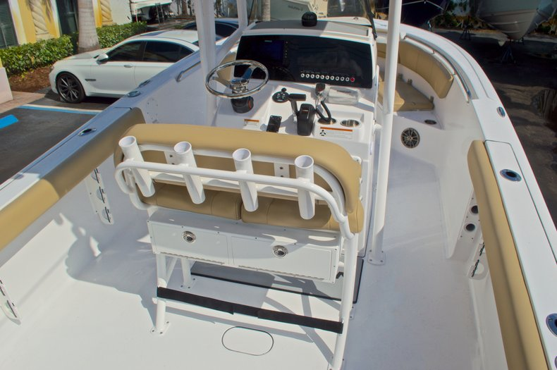 Thumbnail 9 for New 2016 Sportsman Heritage 231 Center Console boat for sale in Vero Beach, FL