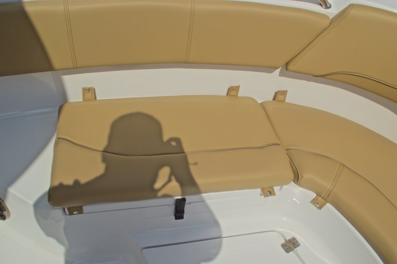 Thumbnail 35 for New 2016 Sportsman Heritage 231 Center Console boat for sale in Vero Beach, FL