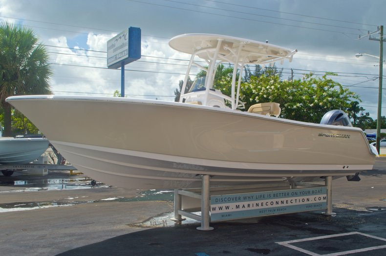 Thumbnail 3 for New 2016 Sportsman Heritage 231 Center Console boat for sale in Vero Beach, FL