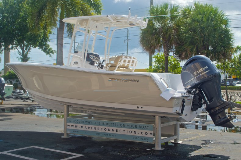 Thumbnail 5 for New 2016 Sportsman Heritage 231 Center Console boat for sale in Vero Beach, FL