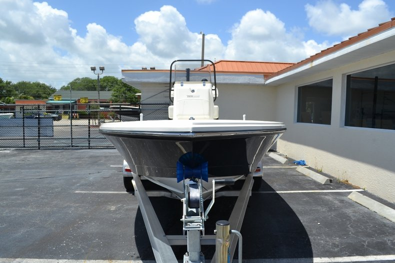 Thumbnail 2 for New 2016 Pathfinder 2300 HPS Bay Boat boat for sale in Vero Beach, FL