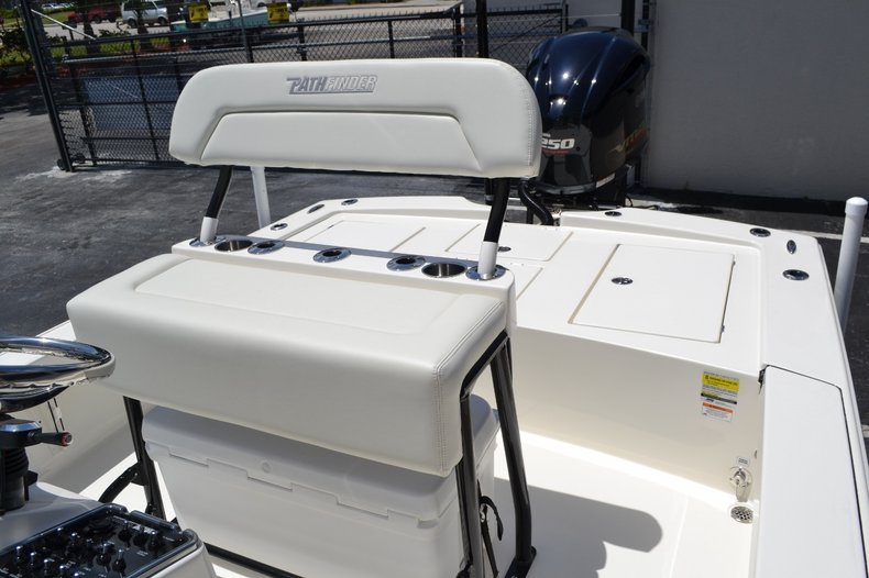 Thumbnail 15 for New 2016 Pathfinder 2300 HPS Bay Boat boat for sale in Vero Beach, FL