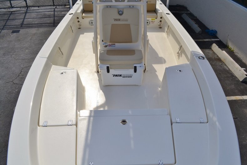 Thumbnail 12 for New 2016 Pathfinder 2200 TRS Bay Boat boat for sale in Vero Beach, FL