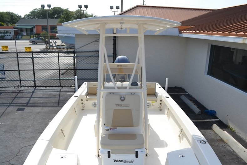 Thumbnail 13 for New 2016 Pathfinder 2200 TRS Bay Boat boat for sale in Vero Beach, FL