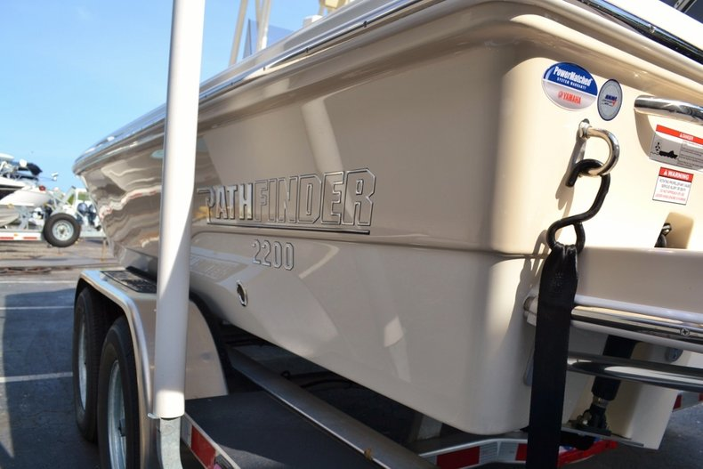 Thumbnail 22 for New 2016 Pathfinder 2200 TRS Bay Boat boat for sale in Vero Beach, FL