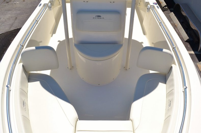 Thumbnail 18 for New 2017 Cobia 220 Center Console boat for sale in Vero Beach, FL