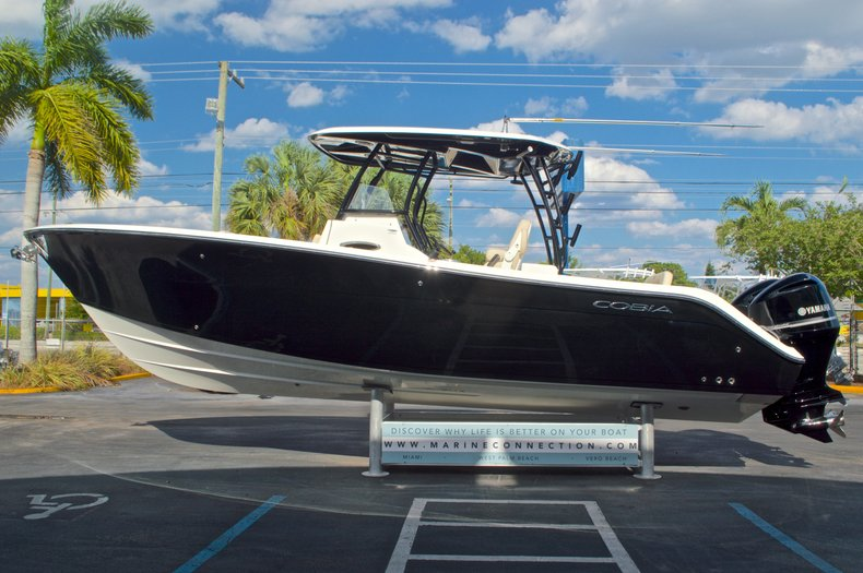 Thumbnail 4 for New 2016 Cobia 296 Center Console boat for sale in Vero Beach, FL