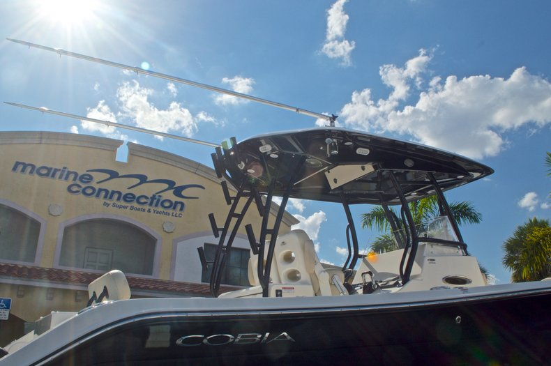 Thumbnail 8 for New 2016 Cobia 296 Center Console boat for sale in Vero Beach, FL