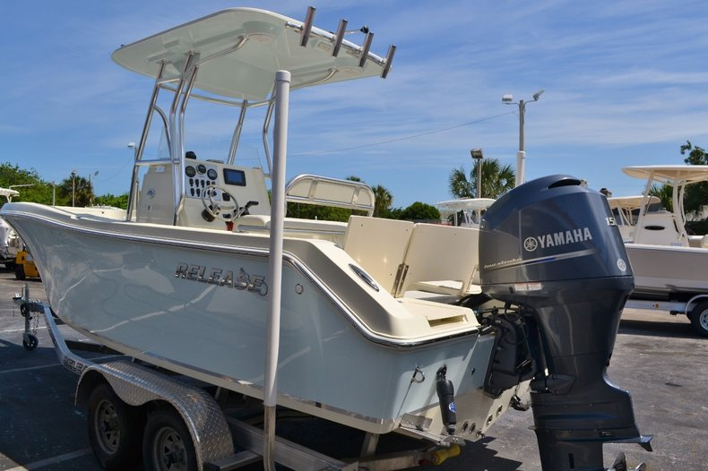 Thumbnail 4 for Used 2015 Release 208 RX boat for sale in Vero Beach, FL