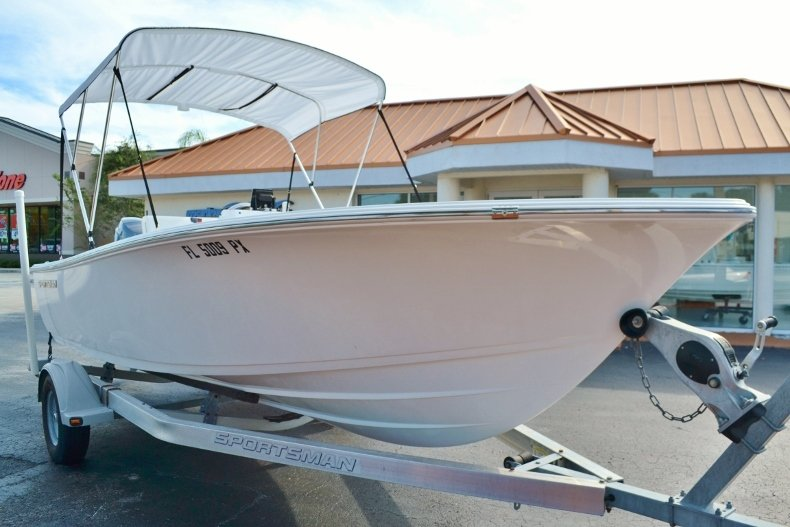 Thumbnail 8 for Used 2015 Sportsman 19 Island Reef boat for sale in Vero Beach, FL