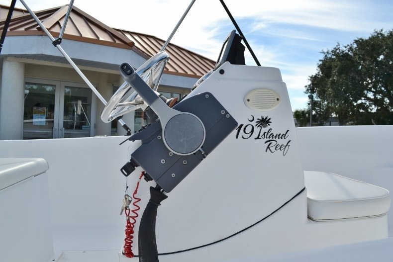 Thumbnail 7 for Used 2015 Sportsman 19 Island Reef boat for sale in Vero Beach, FL