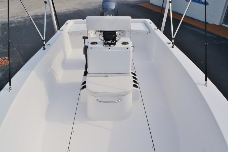 Thumbnail 11 for Used 2015 Sportsman 19 Island Reef boat for sale in Vero Beach, FL