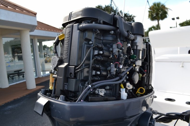 Thumbnail 13 for Used 2015 Sportsman 19 Island Reef boat for sale in Vero Beach, FL