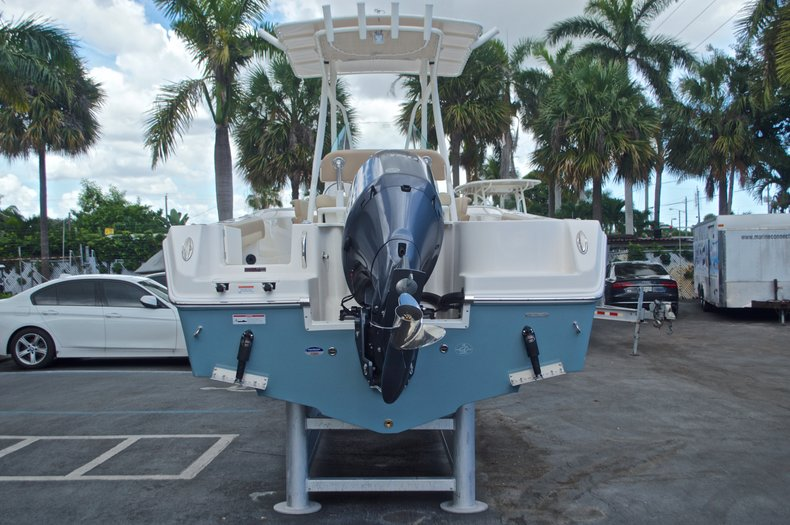 Thumbnail 6 for New 2017 Sailfish 220 CC Center Console boat for sale in Vero Beach, FL